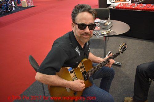 Chris Casello - A Real Cool R´n´R Guitarman (5)