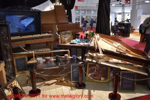 Frühere Klavier- Restaurierung (2)