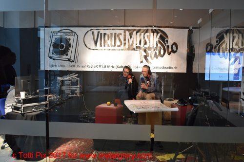 messe radio virus